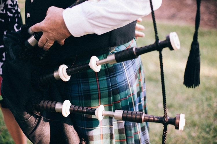 Ireland bagpipes
